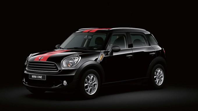 ミニ日本発売10周年特別記念モデル「MINI Crossover Buckingham」