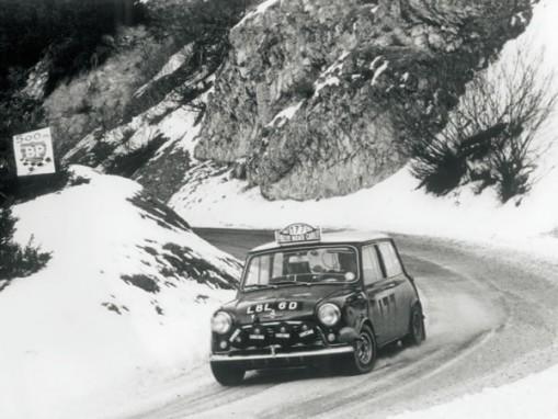 1961年ミニクーパー。1964年、1965年、1967年 と、3度にわたりモンテカルロ・ラリーも制覇している。