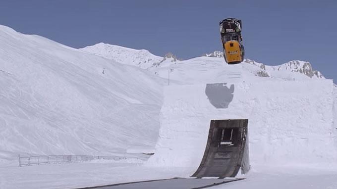 ミニ。スキージャンプに挑戦。あ…