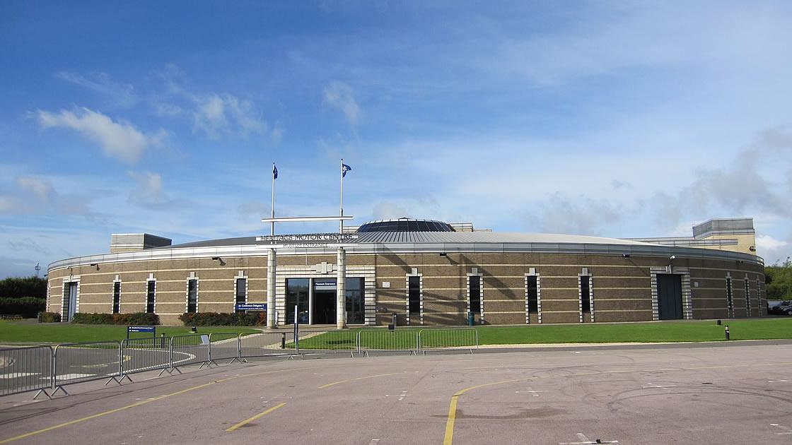 英国製ヴィンテージカーが数多く並ぶ博物館「ヘリテイジ・モーター・センター(Heritage Motor Centre Motor Museum)」