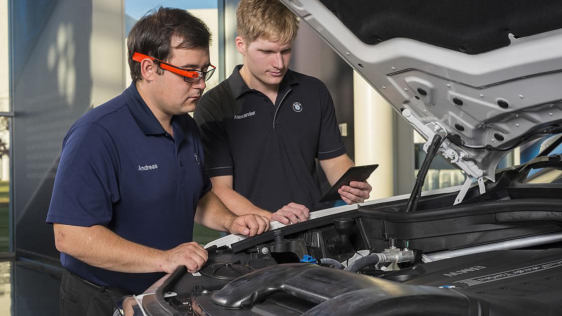 BMWグループがGoogle Glass導入を検討中