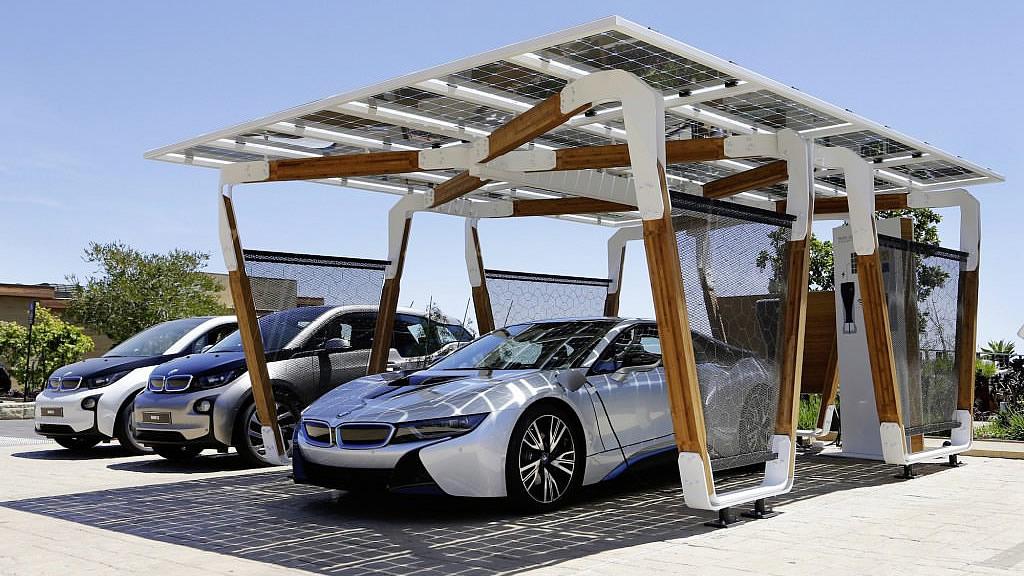 BMWソーラー