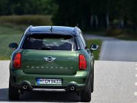 新型ミニクロスオーバー(F60) 北欧でのテスト走行画像
