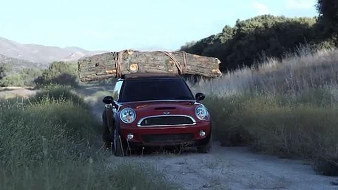 バカでかい木材を運ぶ!ミニクーパー