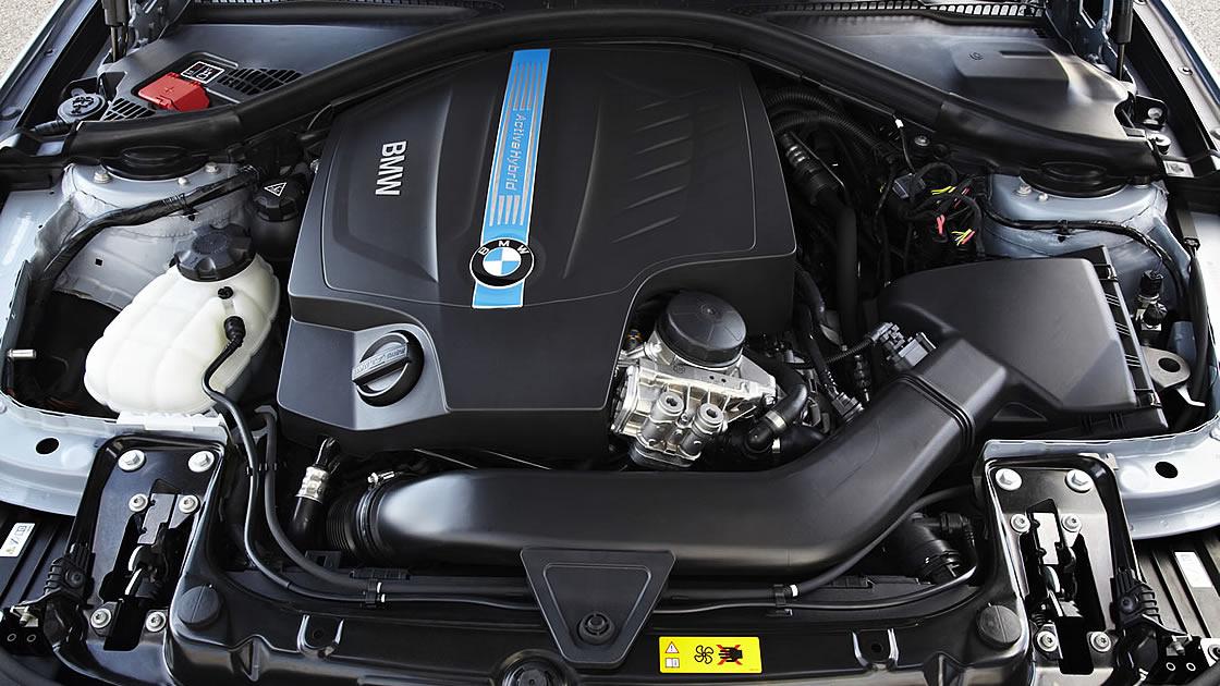 BMWアクティブハイブリッド3 直列6気筒
