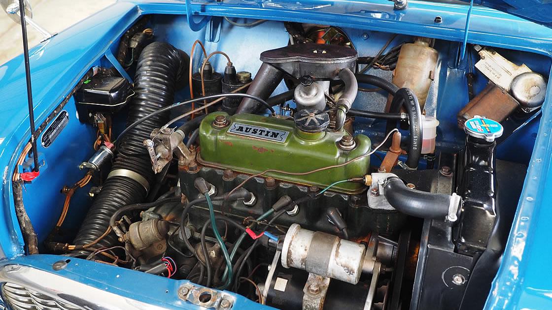 1966年式 MINIカントリーマン エンジン