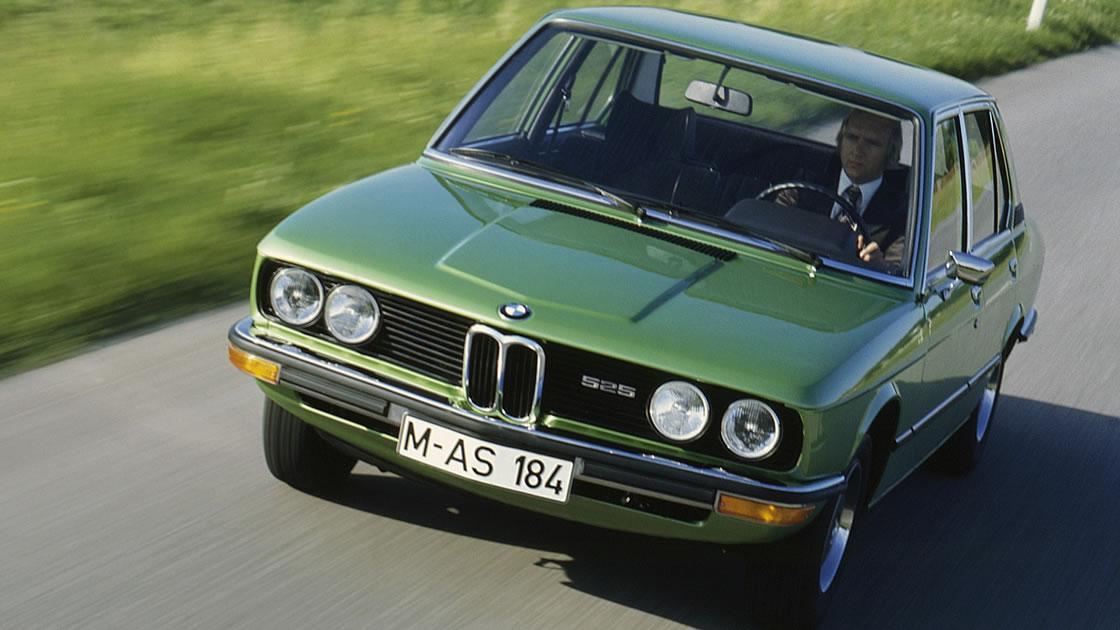1972年に登場した初代BMW 5シリーズ