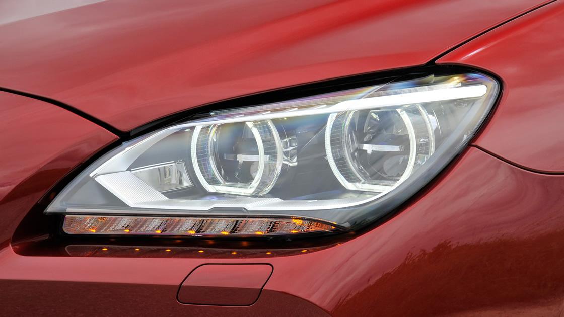 BMW5シリーズ アダプティブLEDヘッドライト