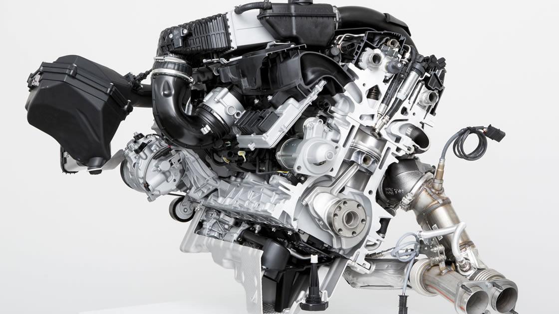 BMW M3 エンジン
