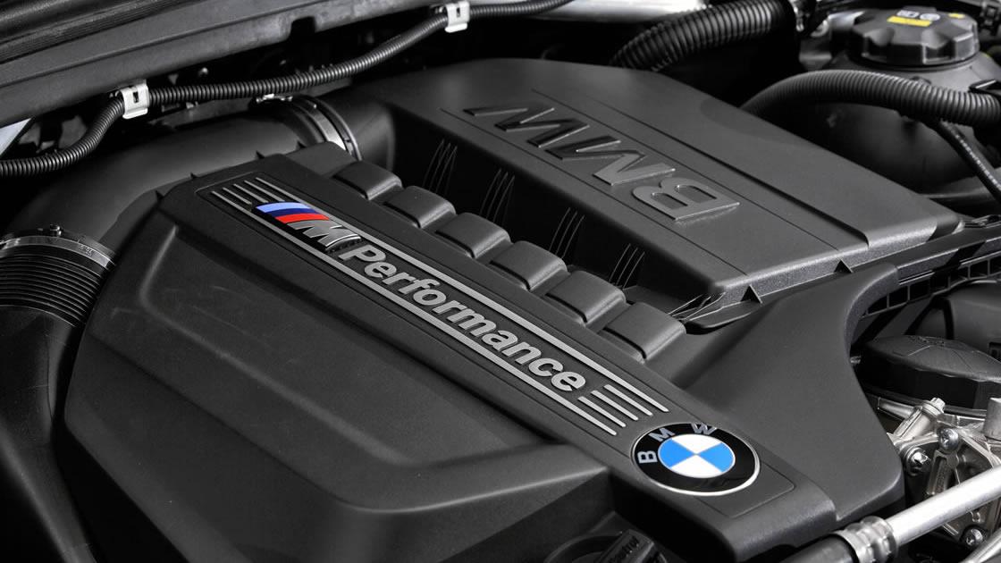 BMW X4 M40i エンジン
