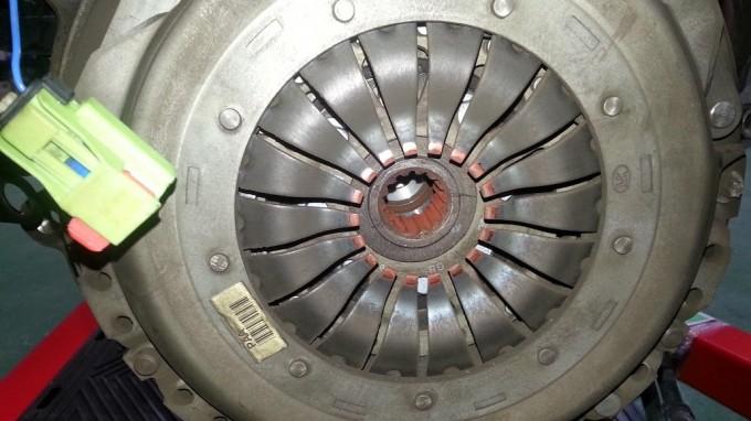 第1世代ミニのクラッチ修理