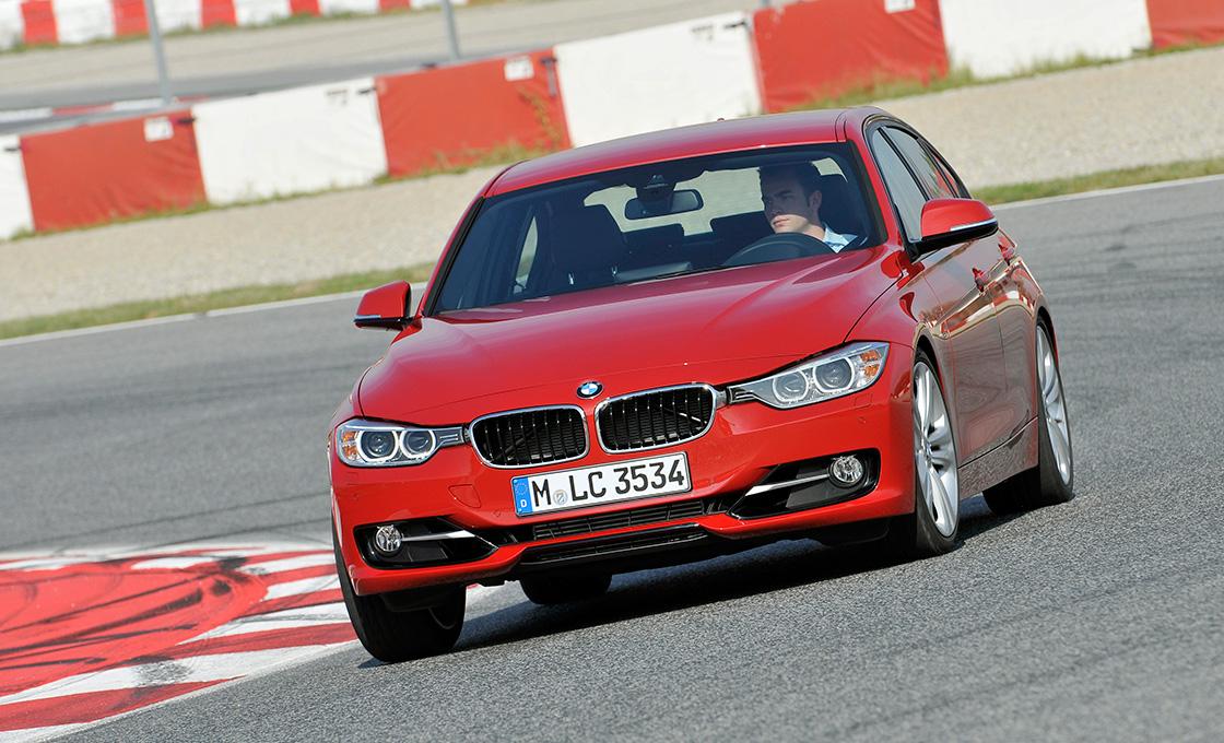 BMW3シリーズとライバル車を徹底比較