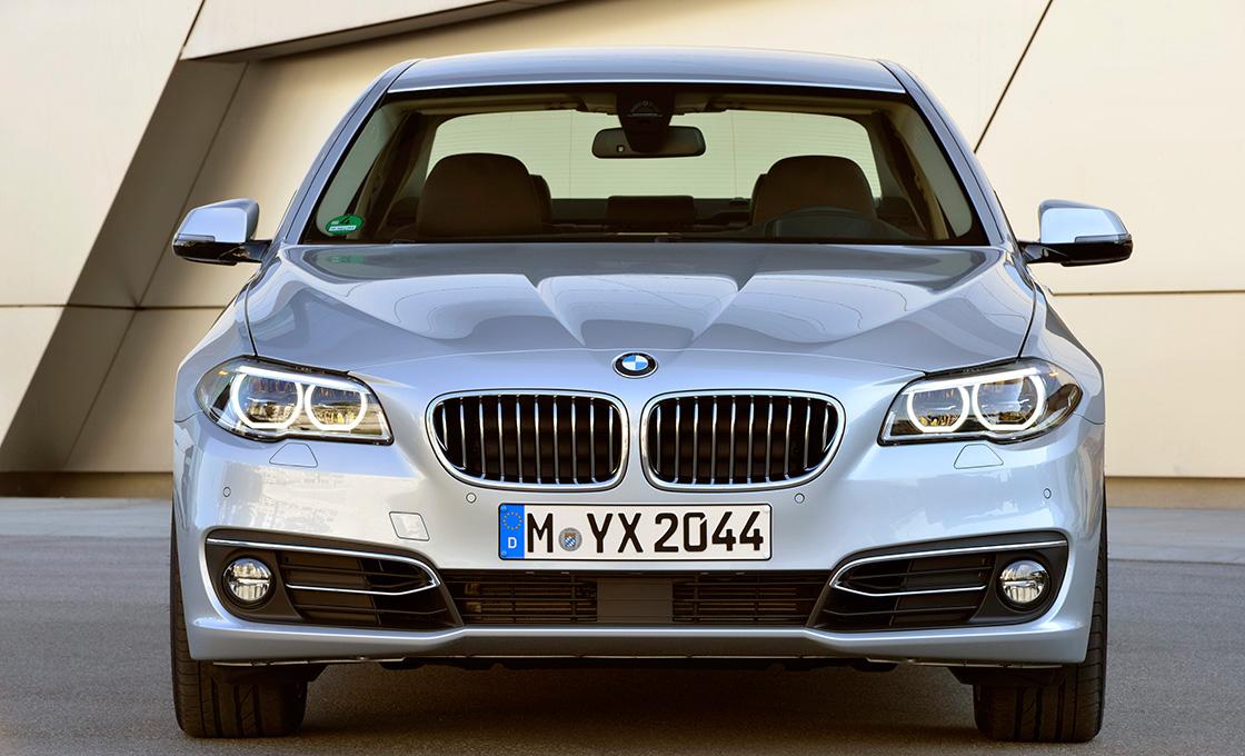 BMW5シリーズ正面