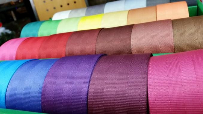 交換用カラフルシートベルト 29色のカラーバリエーション