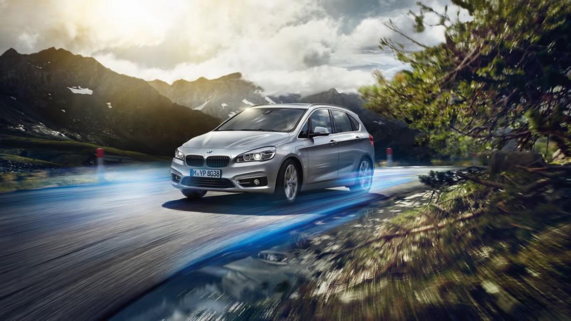 プラグイン・ハイブリッド・モデル「新型BMW 225xeアクティブ ツアラー」