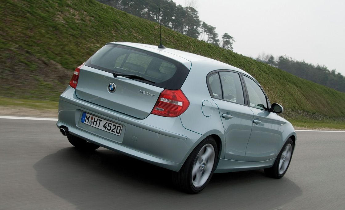 初代BMW1シリーズ(E87)は116iがオススメ