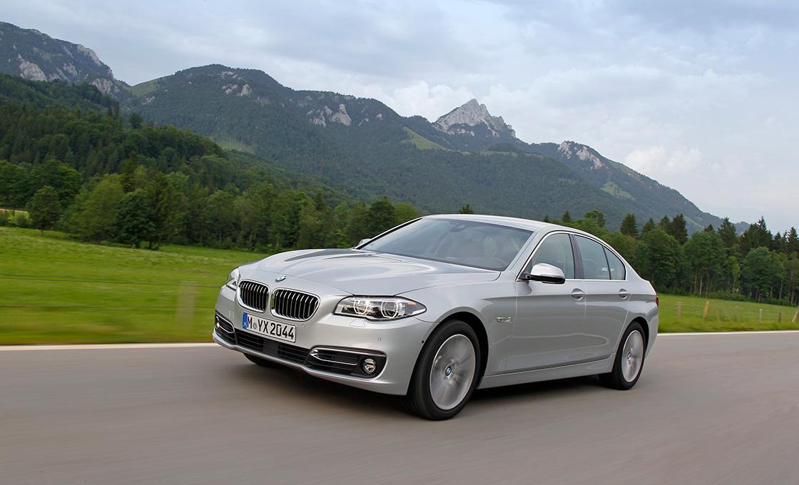 BMW5シリーズ新旧比較