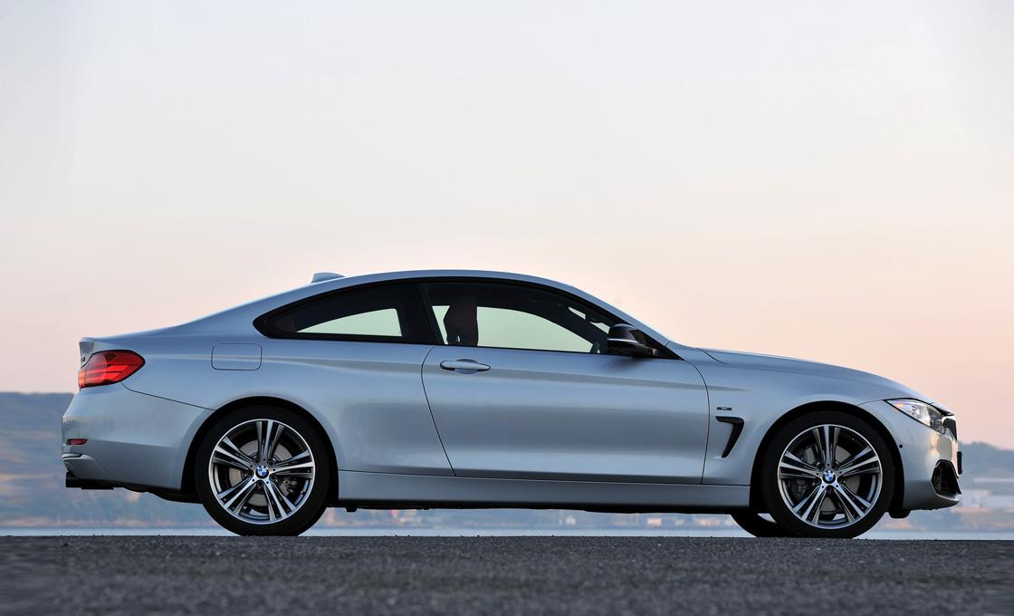 BMW-4シリーズクーペ(F32)の歴史真横