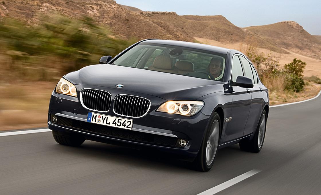 BMW-7シリーズ(E65E66) 中古車の中心は2005年以降