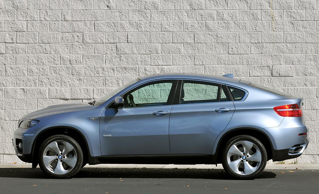 BMW-X6(E71、E72)の前期後期での中古車価格の違い