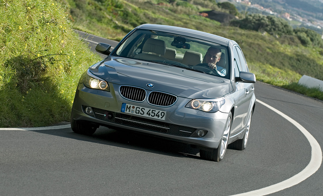 BMW-5シリーズ(E60E61)-全国の中古車在庫や人気モデルについて