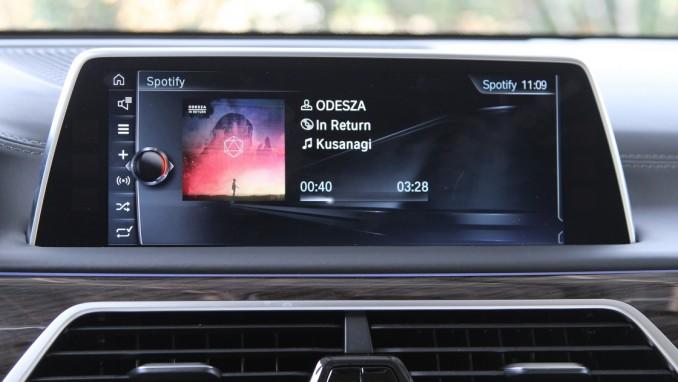 BMWのiDriveとAndroidスマホの連携がスタート