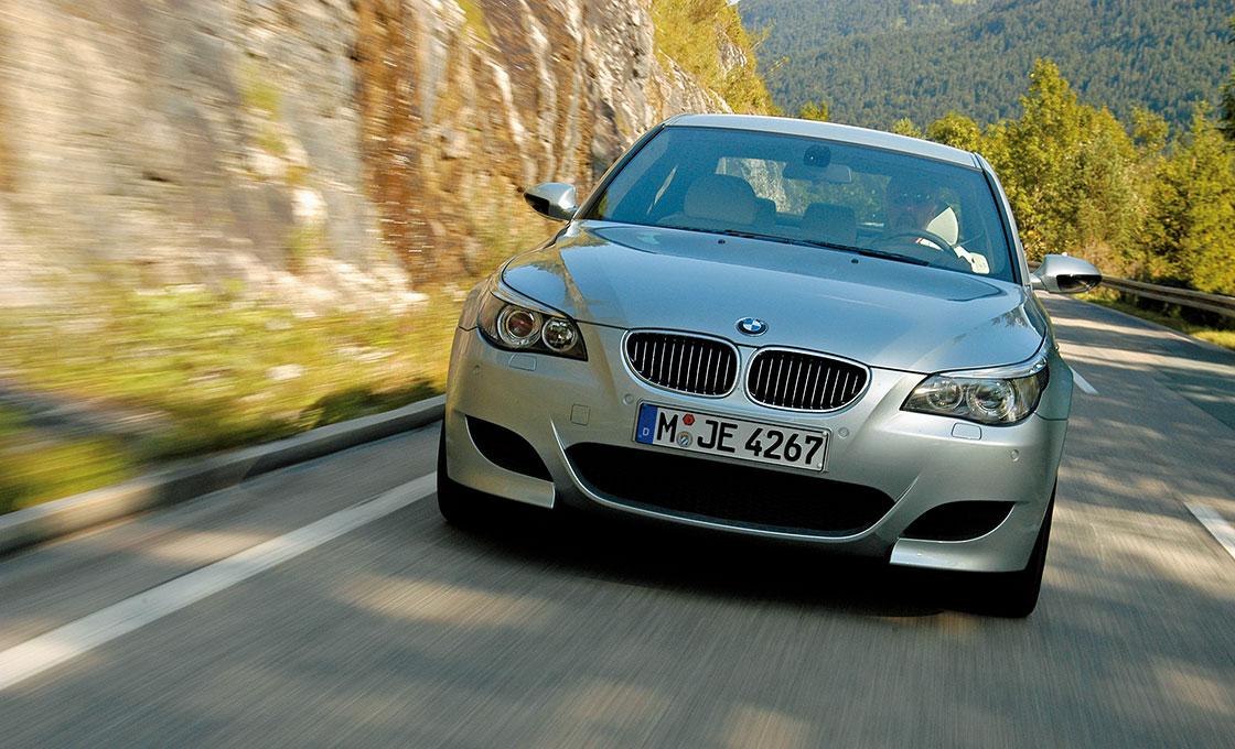 BMW-M5(E60)中古車徹底購入ガイド