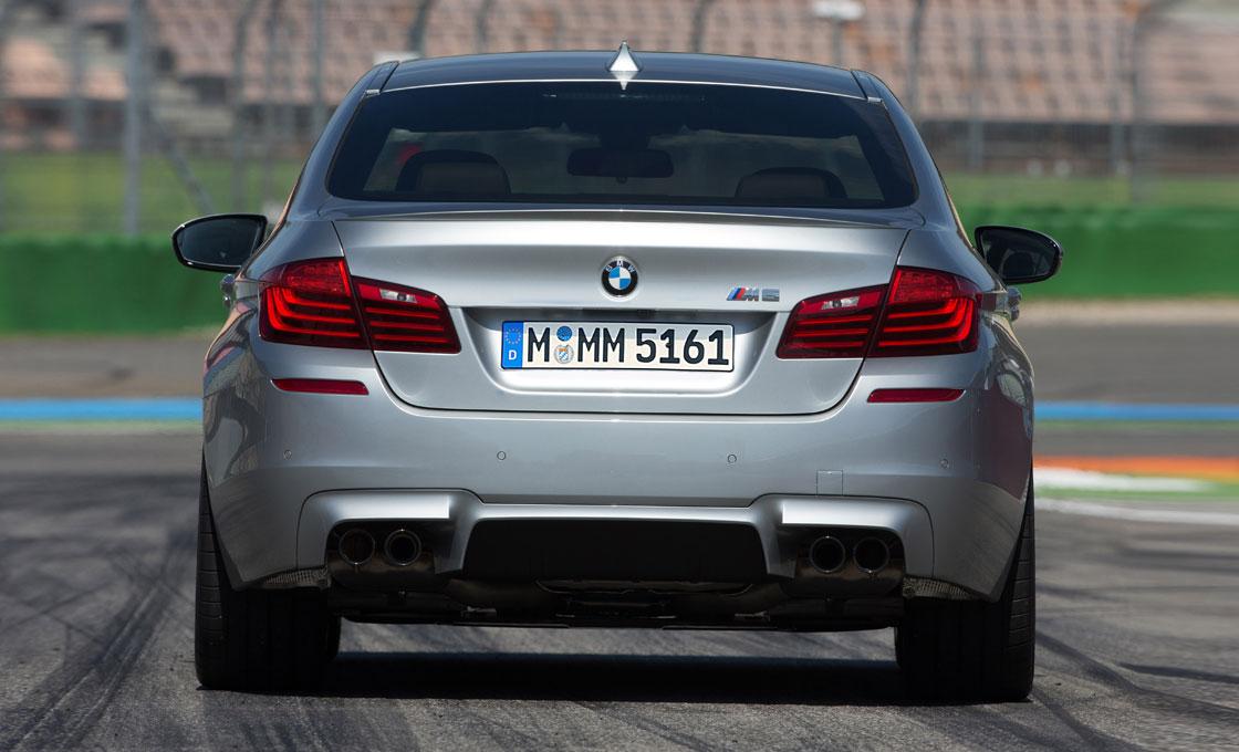 BMW-M5(F10)の価格