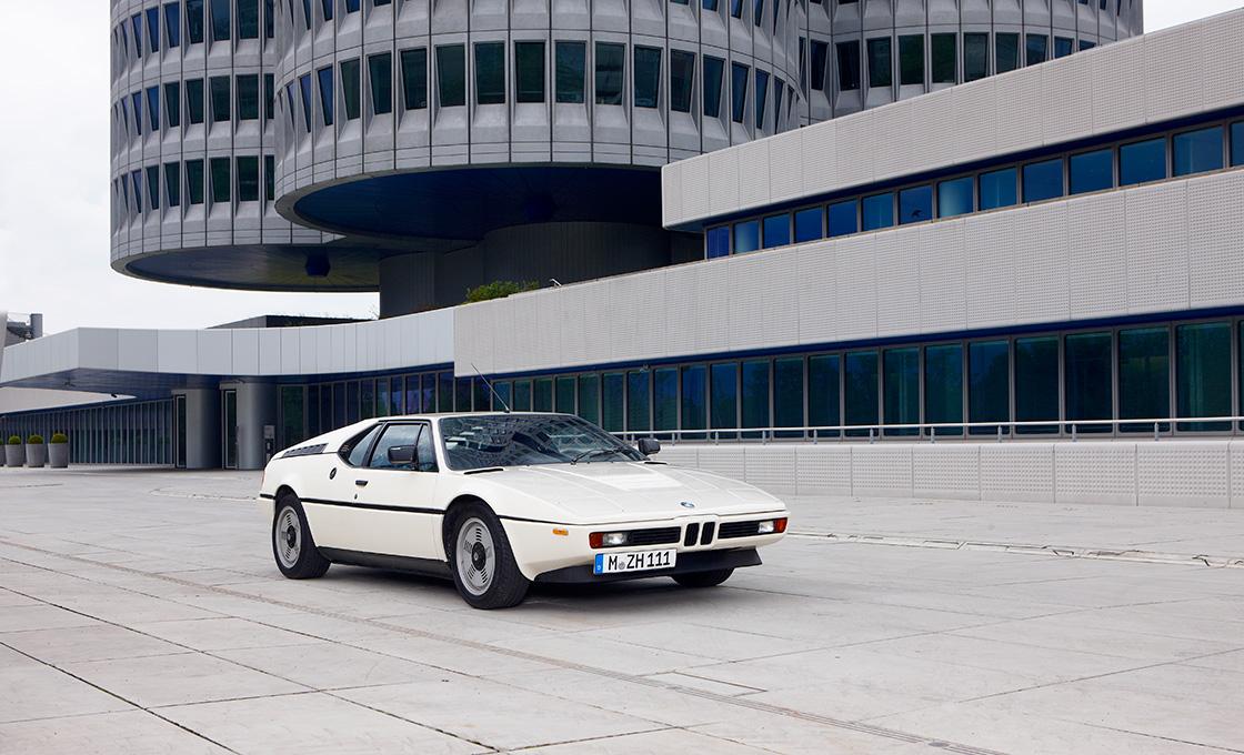 BMW名車図鑑-M1