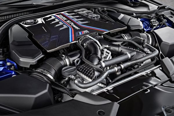 BMW「M5」(F90,2017年)