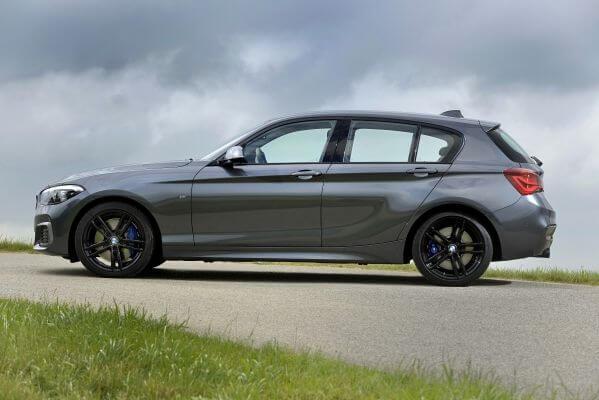 BMW1シリーズ_サイド