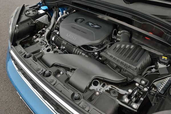 新型ミニ クロスオーバー_ガソリンエンジン
