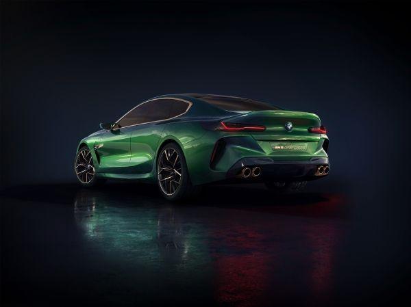 BMWコンセプトM8グラン クーペ