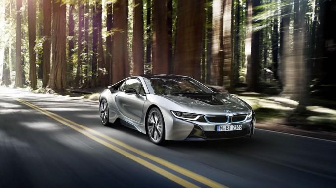 BMW i8(I12)