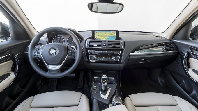 BMW1シリーズ(F20)インテリア