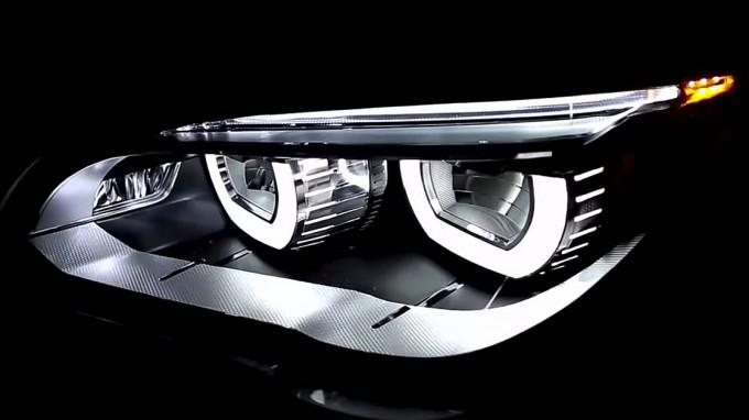 BMW アダプティブLEDヘッドライト
